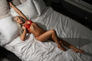 Natia escort in El Reno OK and tantra massage