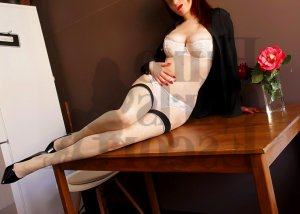 Helia escort girl in White House, happy ending massage
