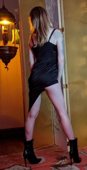 Cathiana escort girl in New Franklin